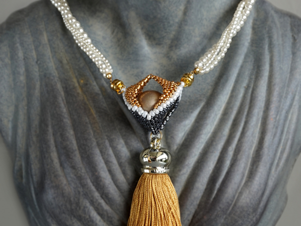 Open Hearts - pendant with tassel